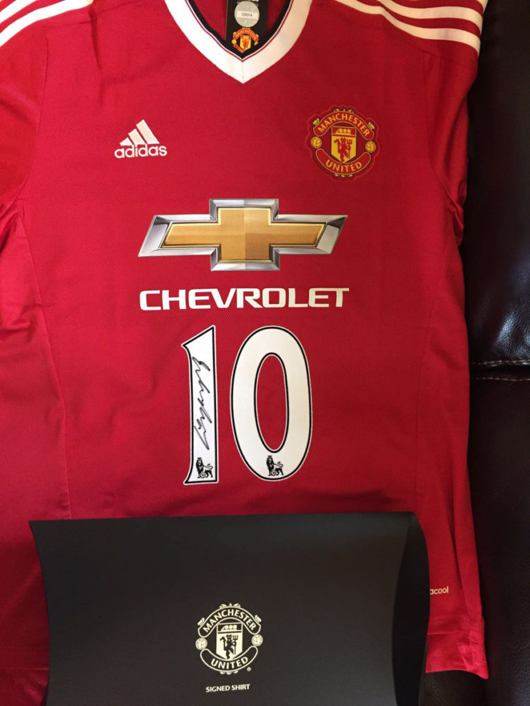 signed-manu-shirt-auction